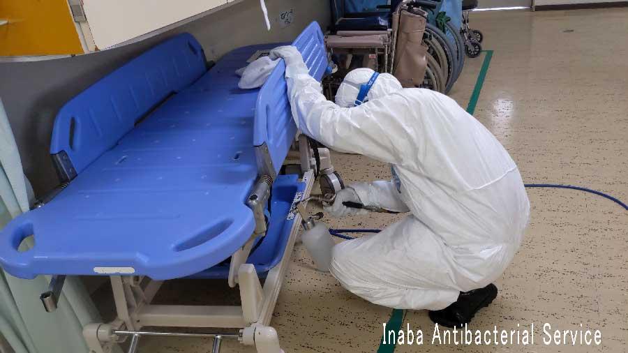 病院での除菌作業