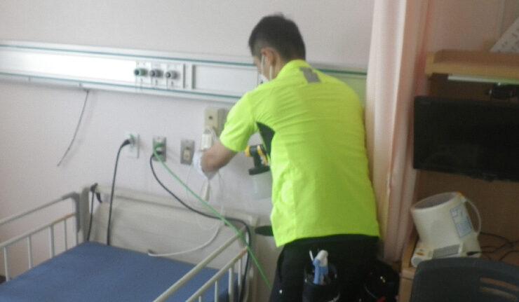 病院のコロナ消毒