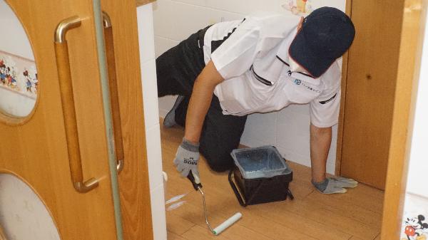 床の抗菌コート